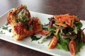 Cincinnati Dining :: A Forkable Feast