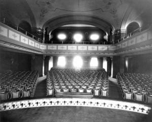 Date Night: Cincinnati Fall Theatre Options