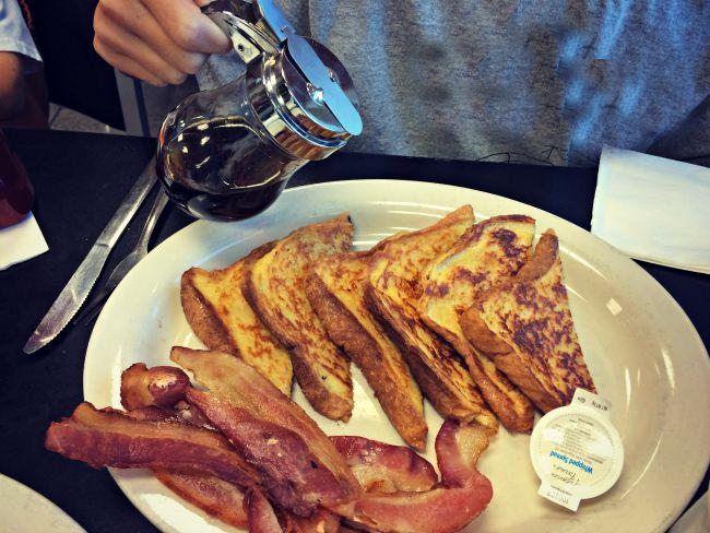 Fort Wright Family Restaurant Breakfast