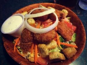 Knuk n Futz Buffalo Wing Salad